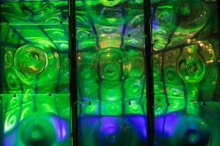 uranium-glass-greenhouse-1